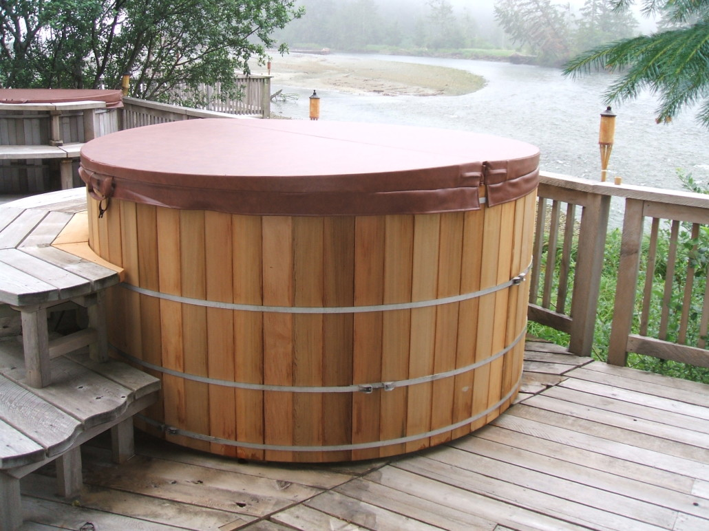 hot full tubs barrel nice amazing of astounding size good ideas best spa tub costco core covers