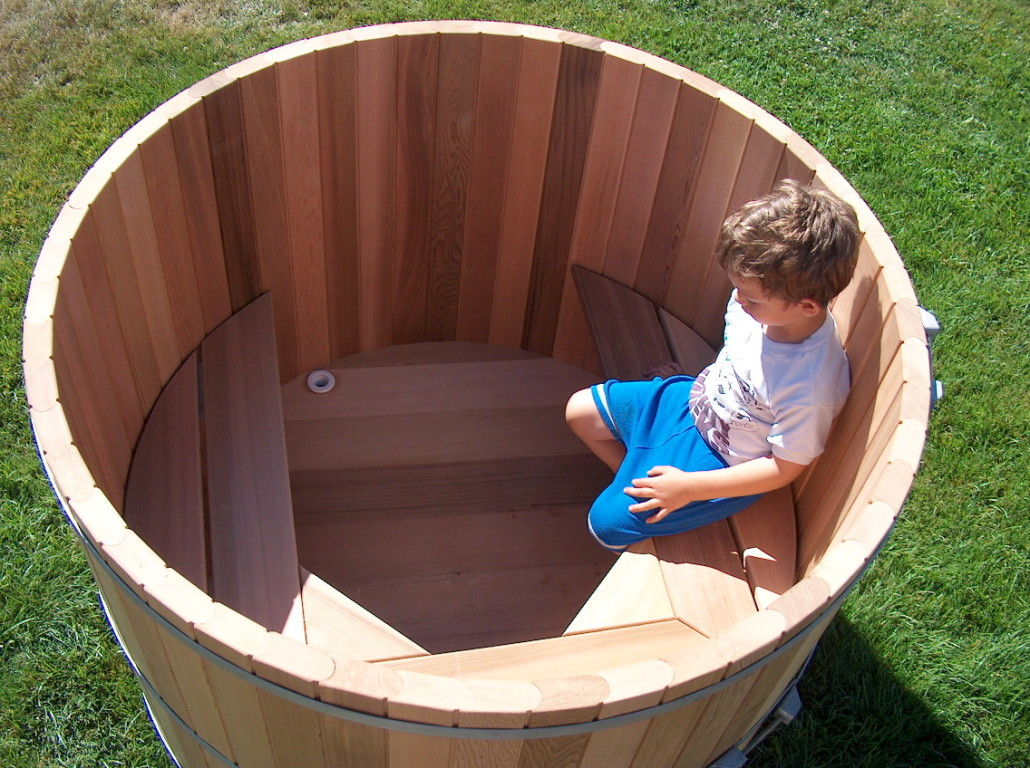 Japanese Style Wooden Soaking Tubs | Forest Lumber & Cooperage