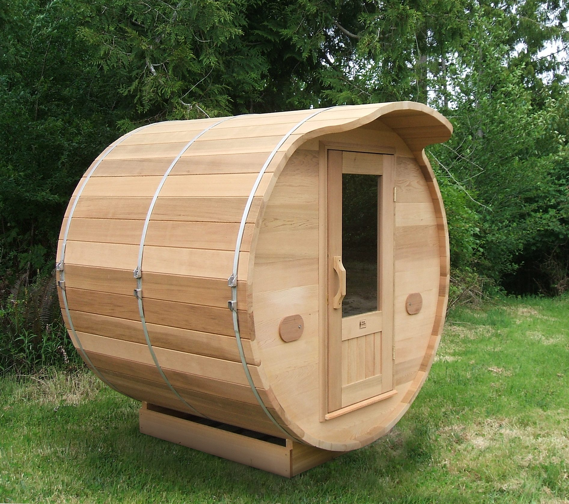 6x5 cedar barrel sauna high res with 2 39 overhang 2